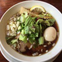 富里市七栄の人気ラーメン店「麺者屋ちくわ」で特製澄醤油らあめんを食べました